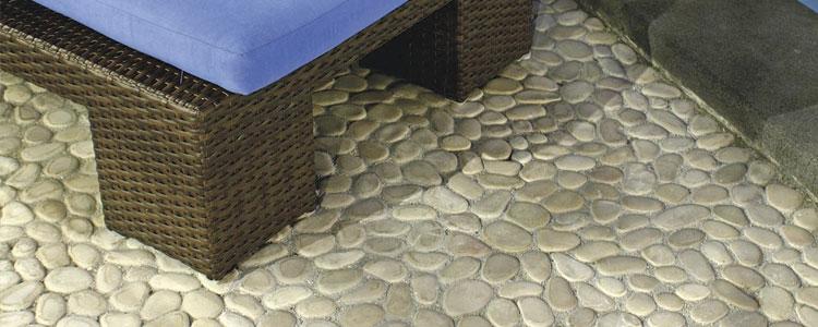 des galets dans la salle de bain | guide artisan - Galets Pour Salle De Bain